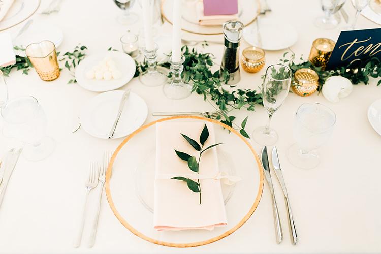 romantic organic wedding receptions - https://ruffledblog.com/romantic-pacific-northwest-wedding-with-mauve-and-champagne