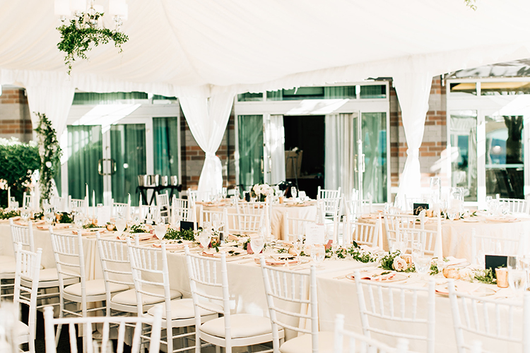 wedding receptions - http://ruffledblog.com/romantic-pacific-northwest-wedding-with-mauve-and-champagne