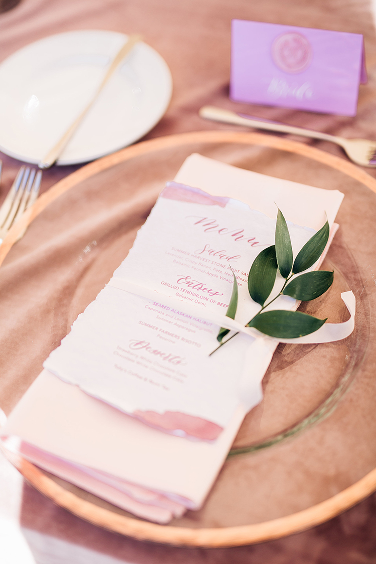 mauve wedding ideas - http://ruffledblog.com/romantic-pacific-northwest-wedding-with-mauve-and-champagne