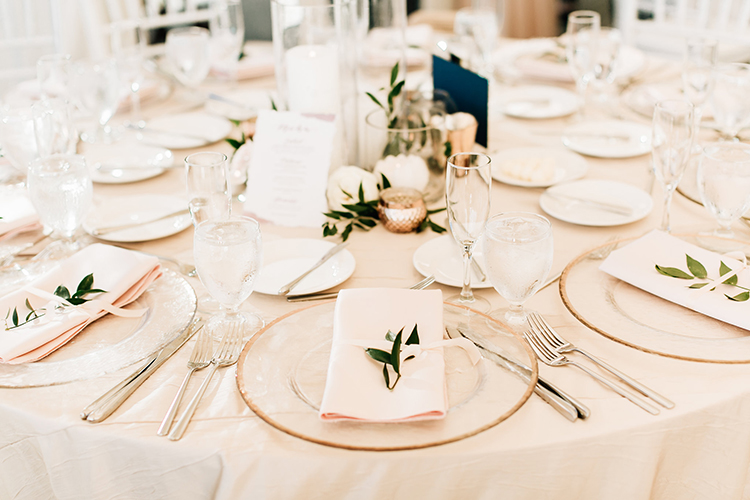 wedding reception tables - http://ruffledblog.com/romantic-pacific-northwest-wedding-with-mauve-and-champagne
