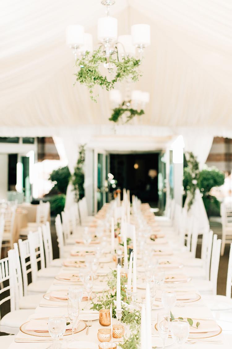 romantic wedding tables - https://ruffledblog.com/romantic-pacific-northwest-wedding-with-mauve-and-champagne
