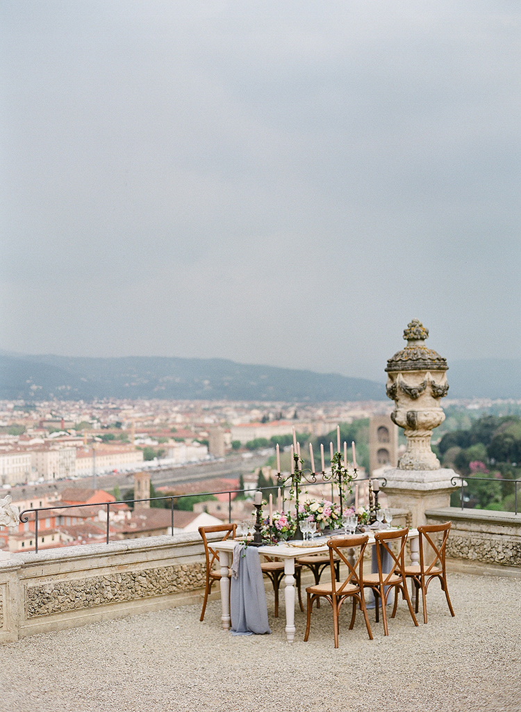 rooftop weddings in Florence - photo by Jenny Soi Photography http://ruffledblog.com/romantic-rooftop-elopement-inspiration-in-florence