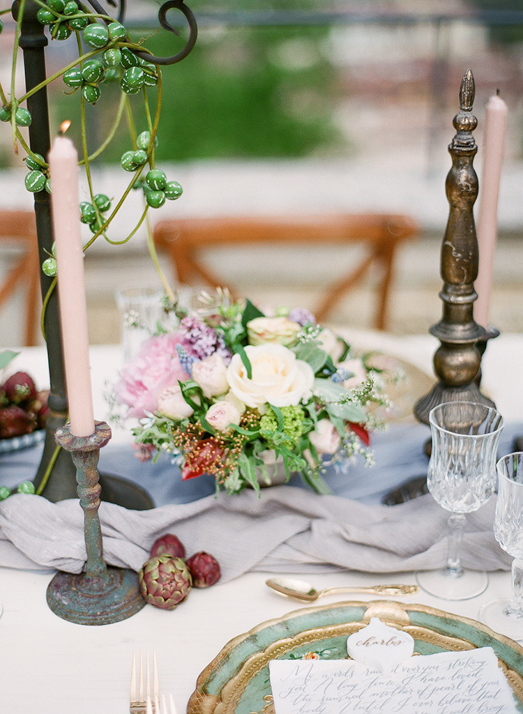 unique tablescape ideas - photo by Jenny Soi Photography http://ruffledblog.com/romantic-rooftop-elopement-inspiration-in-florence