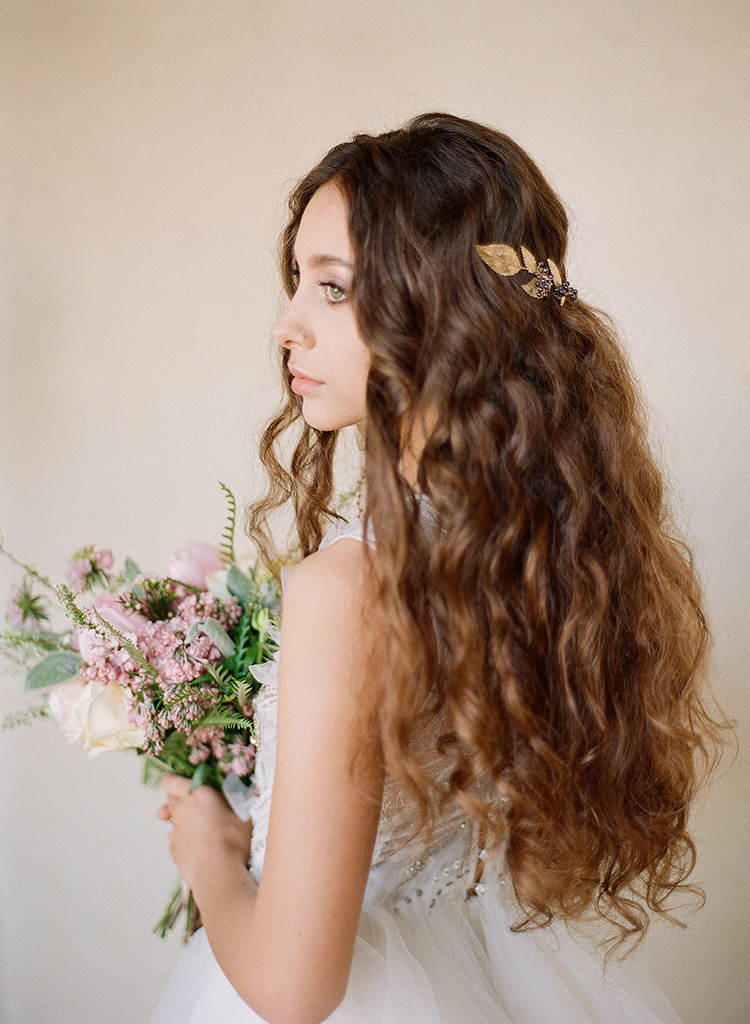 romantic bridal hair - photo by Jenny Soi Photography https://ruffledblog.com/romantic-rooftop-elopement-inspiration-in-florence