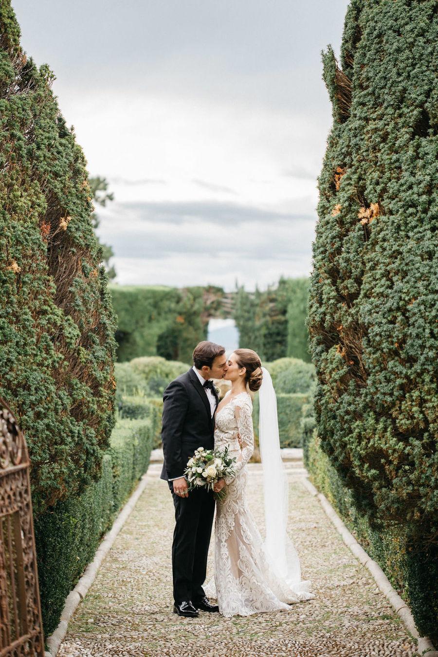 Romantic Tuscan Villa Wedding 40