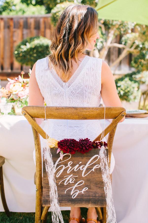 bride to be sign - photo by Yasmin Sarai Photography https://ruffledblog.com/rose-inspired-bridal-shower