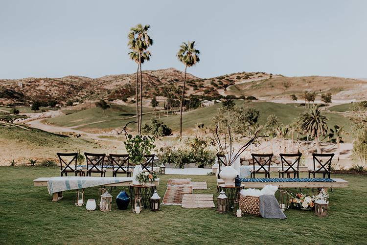 safari inspired wedding ceremonies - photo by Shelly Anderson Photography https://ruffledblog.com/san-diego-safari-park-glamping-wedding-editorial