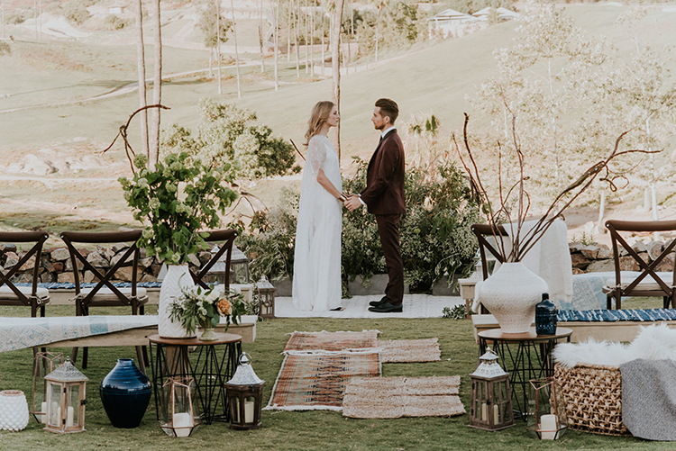 glamping inspired weddings - photo by Shelly Anderson Photography http://ruffledblog.com/san-diego-safari-park-glamping-wedding-editorial