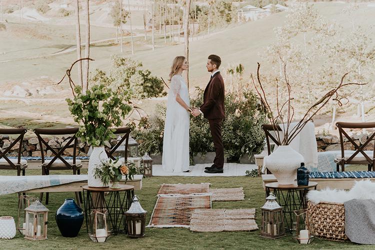 glamping inspired weddings - photo by Shelly Anderson Photography https://ruffledblog.com/san-diego-safari-park-glamping-wedding-editorial