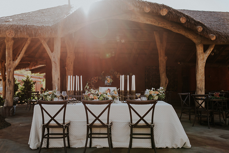 safari inspired weddings - photo by Shelly Anderson Photography https://ruffledblog.com/san-diego-safari-park-glamping-wedding-editorial