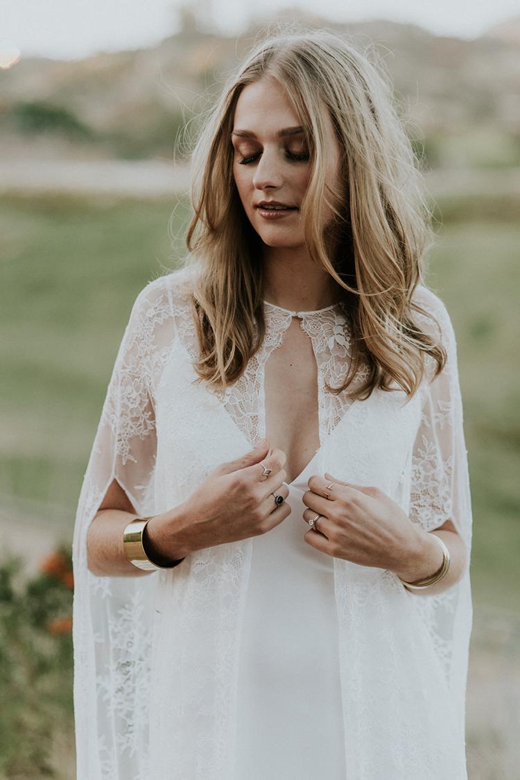 boho bridal style - photo by Shelly Anderson Photography https://ruffledblog.com/san-diego-safari-park-glamping-wedding-editorial
