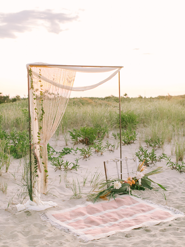 bohemian wedding ceremony ideas - http://ruffledblog.com/september-sunsets-wedding-inspiration-with-a-vw-bus