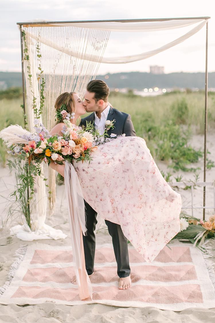 wedding ceremonies - http://ruffledblog.com/september-sunsets-wedding-inspiration-with-a-vw-bus