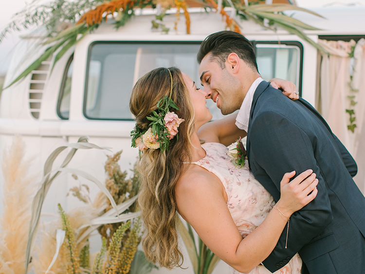 wedding inspiration - http://ruffledblog.com/september-sunsets-wedding-inspiration-with-a-vw-bus