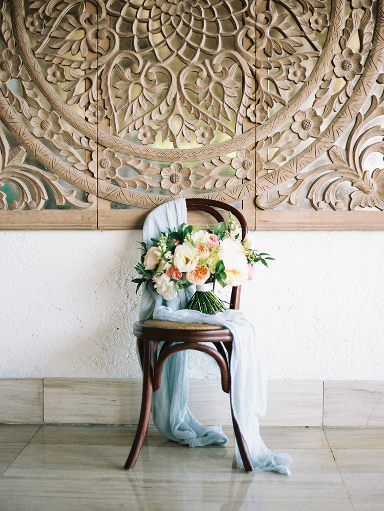 lush wedding bouquets - photo by Asia Pimentel Photography https://ruffledblog.com/seriously-chic-destination-wedding-in-punta-cana