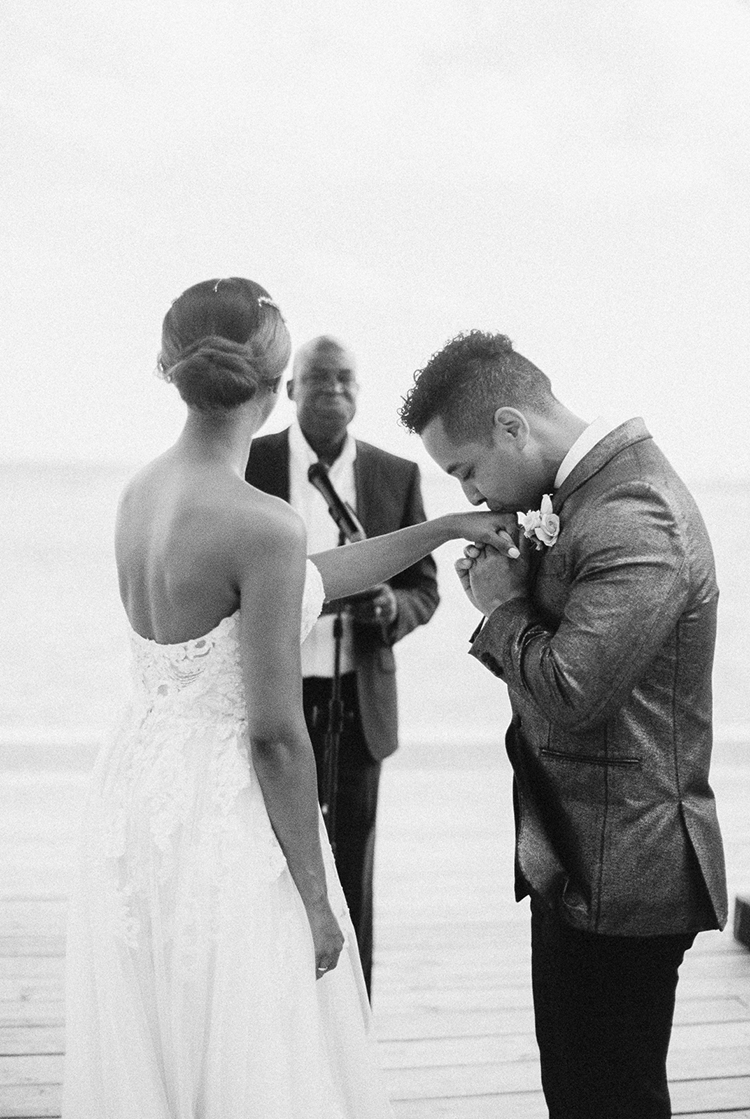 wedding ceremonies - photo by Asia Pimentel Photography https://ruffledblog.com/seriously-chic-destination-wedding-in-punta-cana