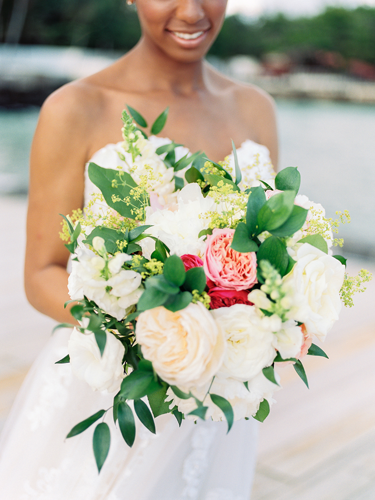 romantic spring wedding bouquets with garden roses - photo by Asia Pimentel Photography http://ruffledblog.com/seriously-chic-destination-wedding-in-punta-cana