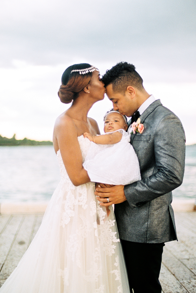 family wedding portraits - photo by Asia Pimentel Photography https://ruffledblog.com/seriously-chic-destination-wedding-in-punta-cana