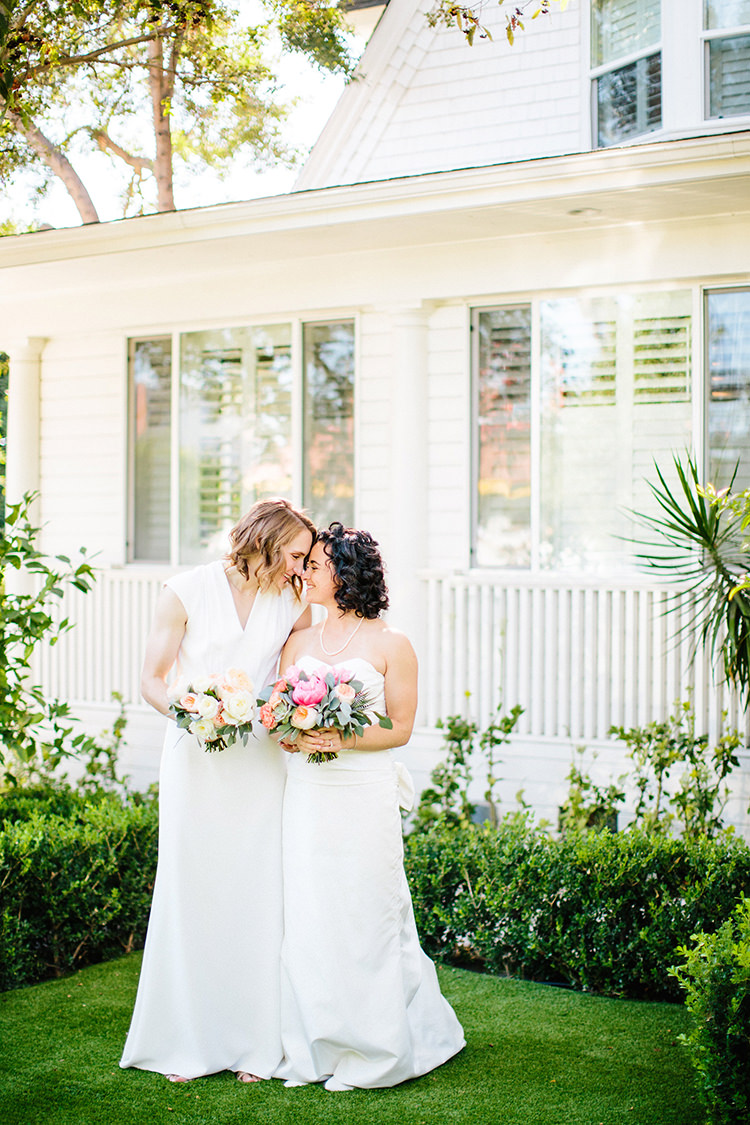 Soft and Romantic Wedding at Lombardi House - photo by Birds of a Feather https://ruffledblog.com/soft-and-romantic-wedding-at-lombardi-house