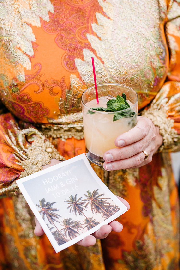 wedding drinks - photo by Birds of a Feather https://ruffledblog.com/soft-and-romantic-wedding-at-lombardi-house