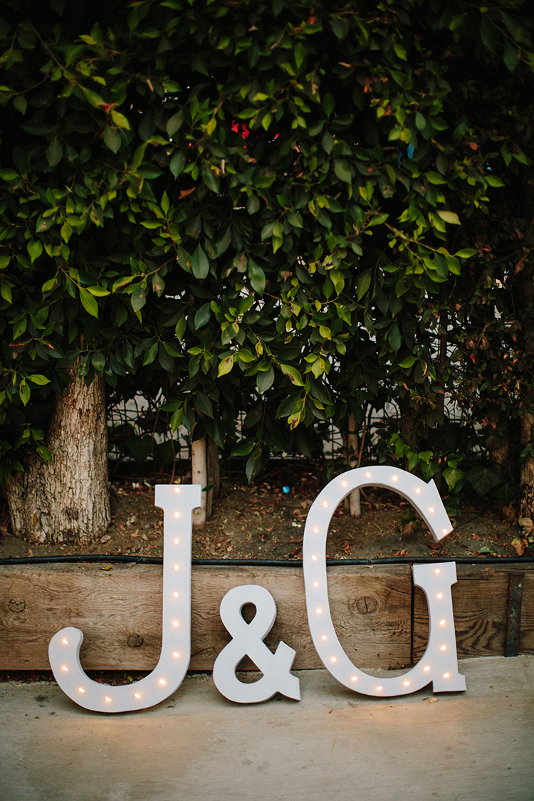 wedding signage - photo by Birds of a Feather http://ruffledblog.com/soft-and-romantic-wedding-at-lombardi-house