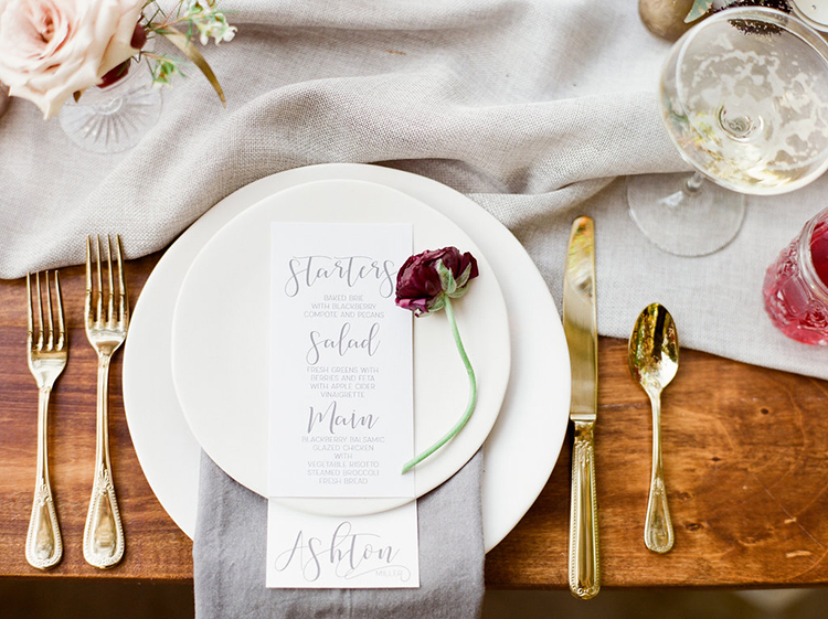 wedding plates - photo by Julie Paisley https://ruffledblog.com/southern-summer-wedding-inspiration-with-berry-hues