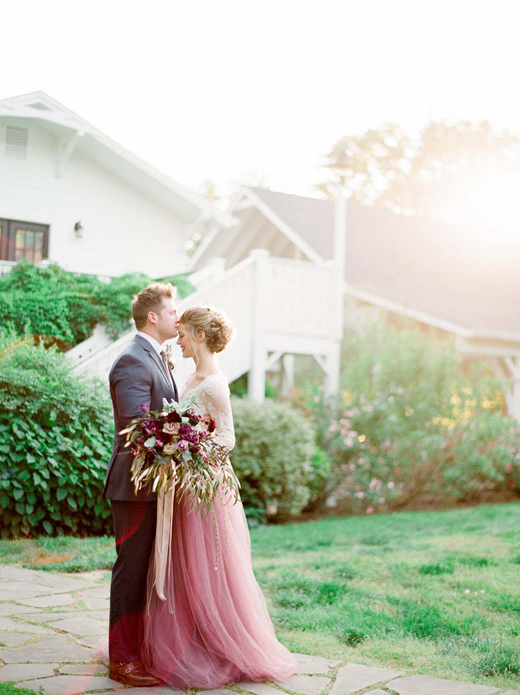 wedding photography - photo by Julie Paisley http://ruffledblog.com/southern-summer-wedding-inspiration-with-berry-hues