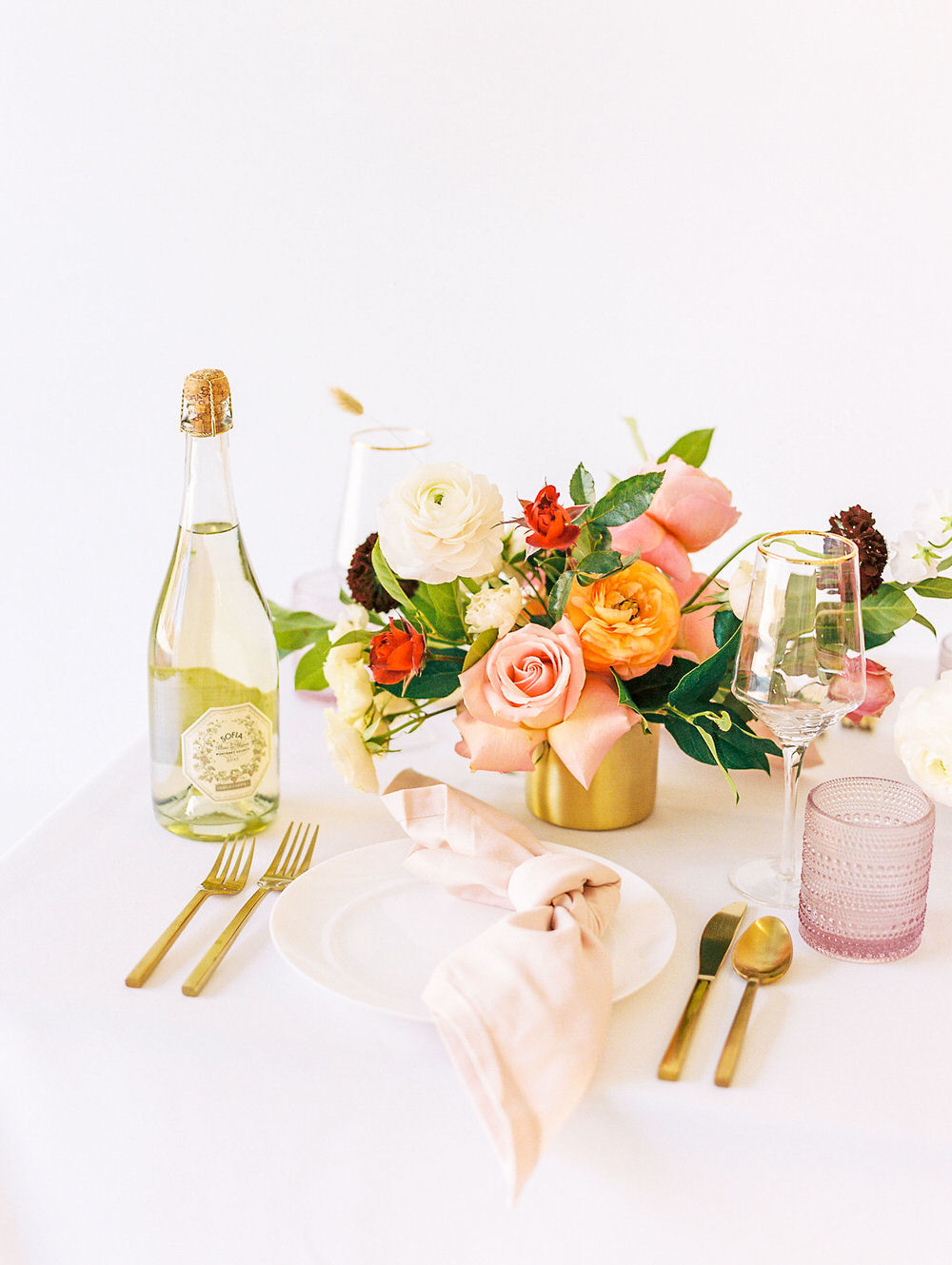 Spring Roses Fineart Weddingtablescape 15