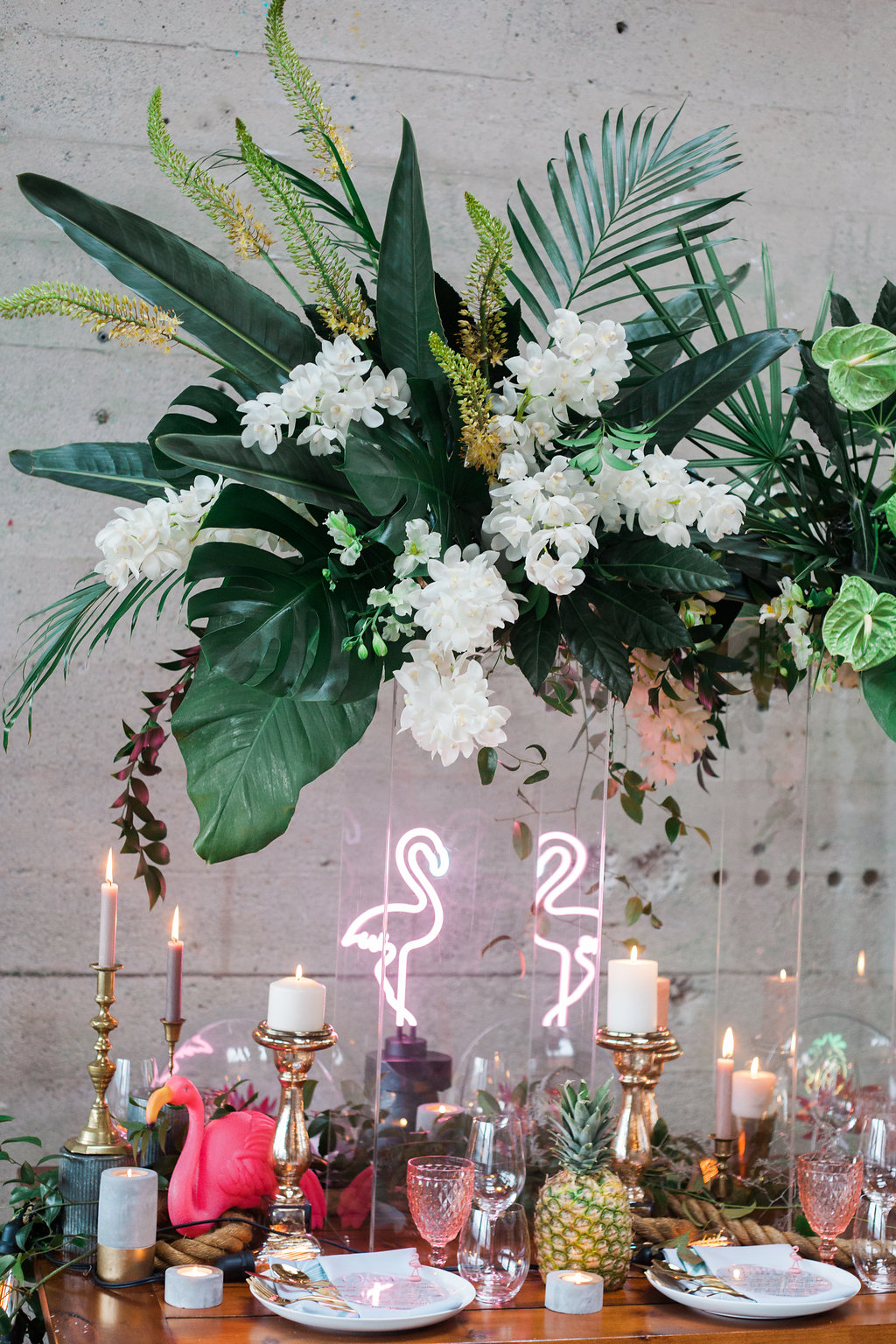 stylish-tropical-wedding-inspiration-in-