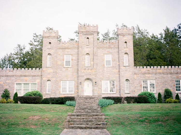 castle wedding venues - photo by Christy Wilson Photography https://ruffledblog.com/summer-castle-soiree-wedding-inspiration