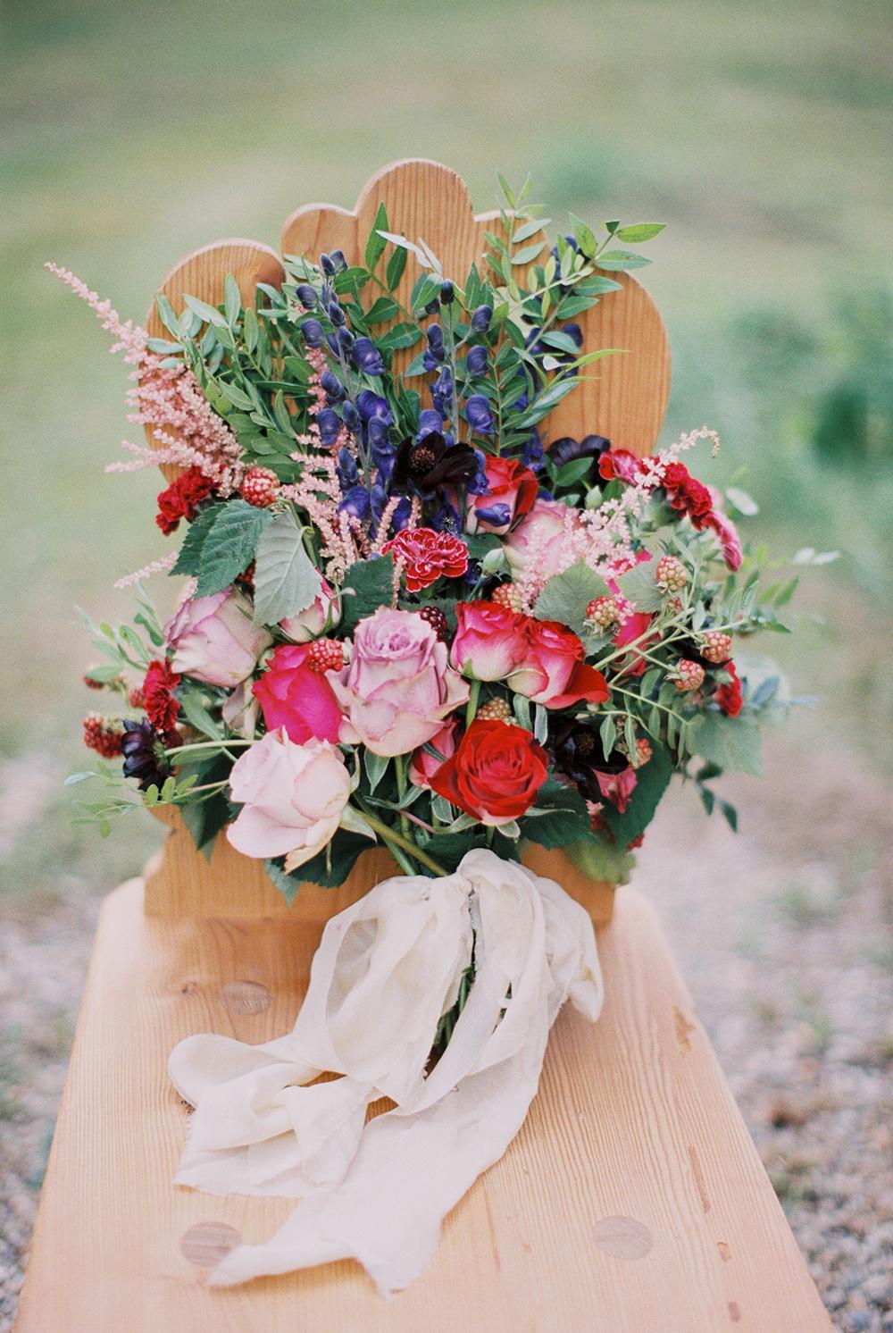wedding flowers - photo by Warm Photo http://ruffledblog.com/summer-love-wedding-in-austria