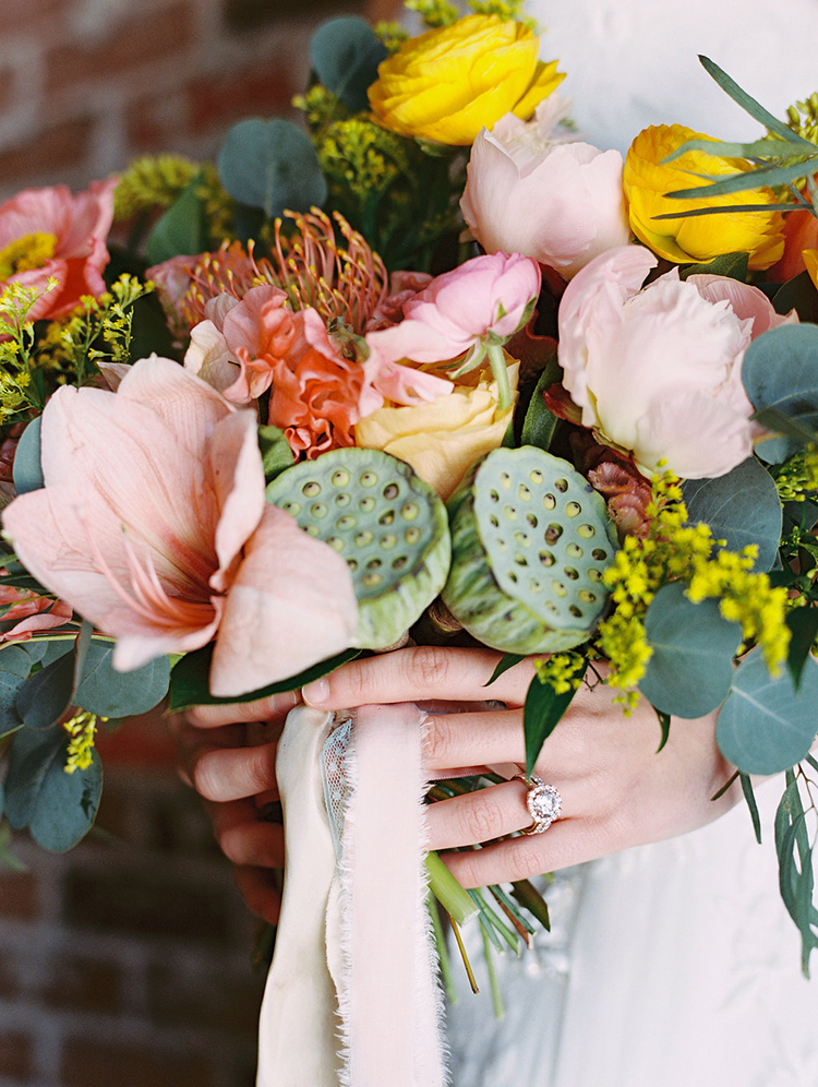 summer wedding bouquets - photo by Charla Storey Photography https://ruffledblog.com/summer-loving-wedding-inspiration-with-a-fiesta-brunch