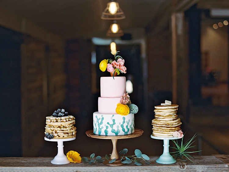 wedding cakes - photo by Charla Storey Photography https://ruffledblog.com/summer-loving-wedding-inspiration-with-a-fiesta-brunch