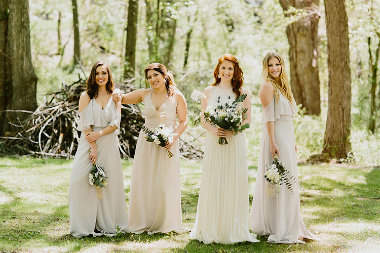 bridesmaid photography - photo by Elizabeth M Photography http://ruffledblog.com/summer-meets-fall-wedding-inspiration-in-the-woods