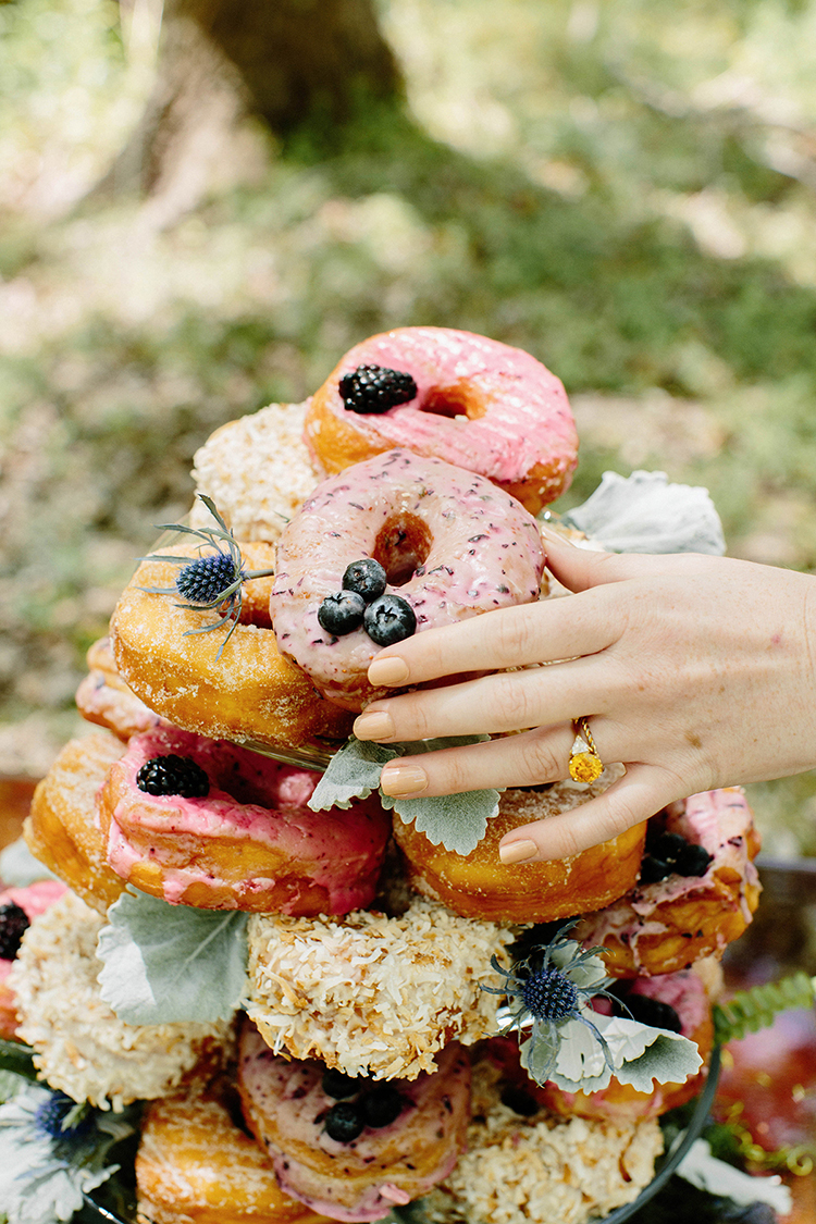 wedding donuts - photo by Elizabeth M Photography http://ruffledblog.com/summer-meets-fall-wedding-inspiration-in-the-woods
