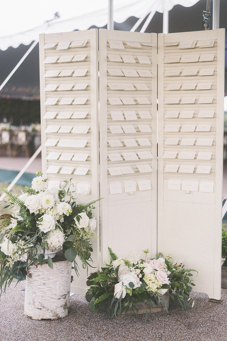 seating charts - photo by Paper Antler https://ruffledblog.com/summer-sunset-wedding-in-wisconsin
