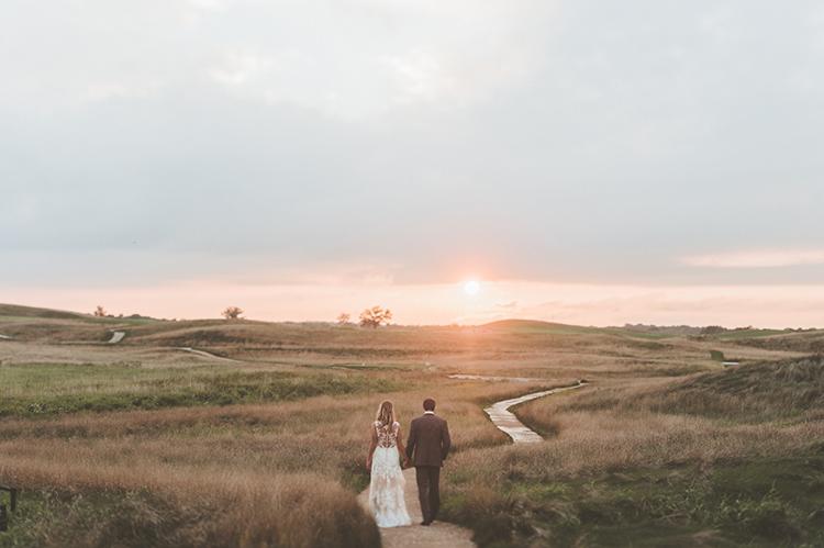 sunset weddings - photo by Paper Antler http://ruffledblog.com/summer-sunset-wedding-in-wisconsin