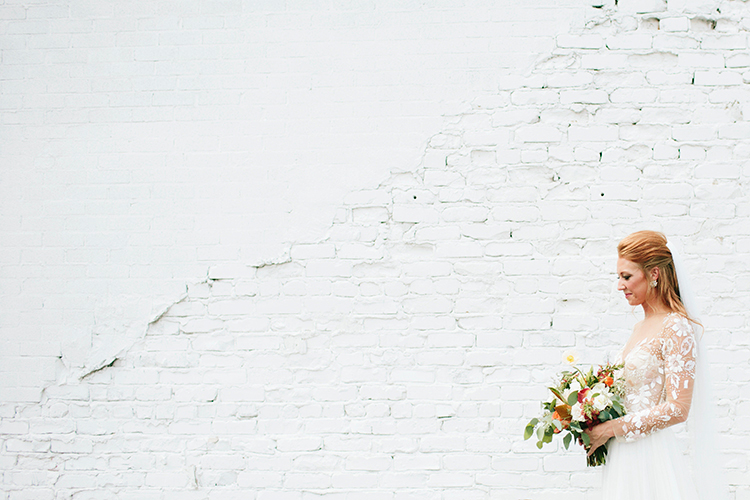 romantic bridal portraits - http://ruffledblog.com/sweet-botanical-southern-wedding-with-metallic-accents