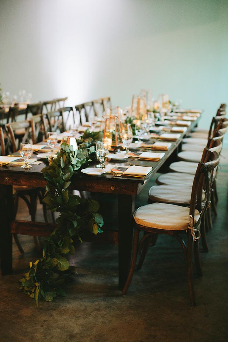 modern geometric weddings - https://ruffledblog.com/sweet-botanical-southern-wedding-with-metallic-accents