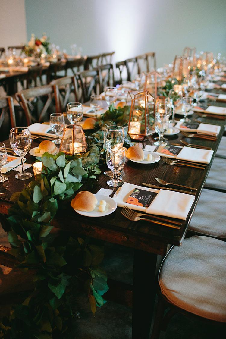modern organic wedding ideas with metallic accents - https://ruffledblog.com/sweet-botanical-southern-wedding-with-metallic-accents
