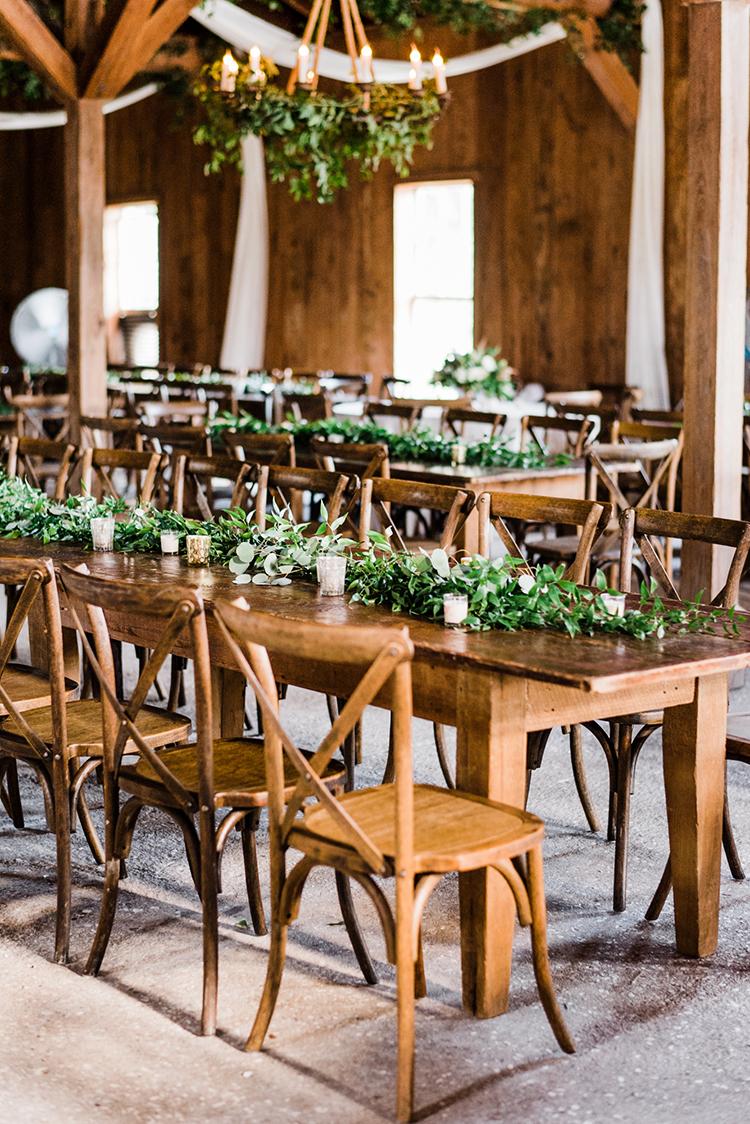 romantic rustic receptions - https://ruffledblog.com/swoon-worthy-charleston-wedding-with-spanish-moss