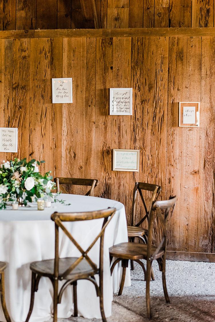 rustic wedding reception ideas - https://ruffledblog.com/swoon-worthy-charleston-wedding-with-spanish-moss