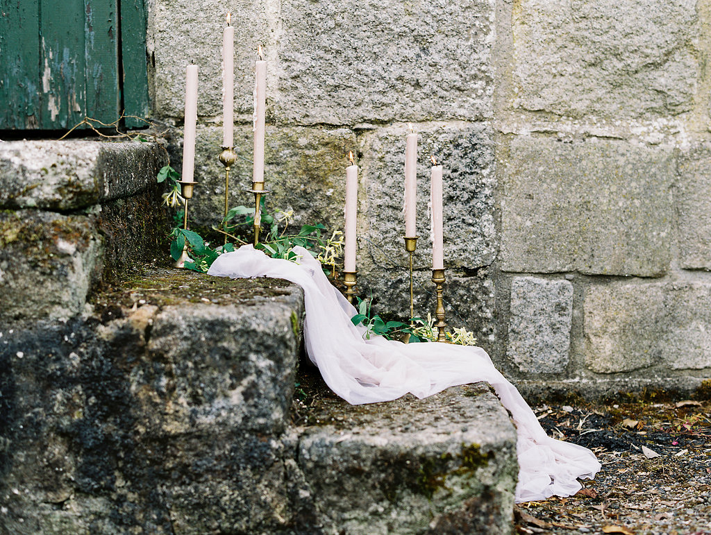 wedding day details - photo by As Ever Photography http://ruffledblog.com/the-secret-garden-inspired-wedding-in-ireland
