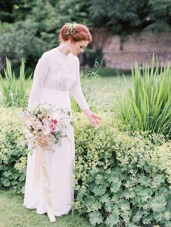 romantic bridal inspiration - photo by As Ever Photography http://ruffledblog.com/the-secret-garden-inspired-wedding-in-ireland