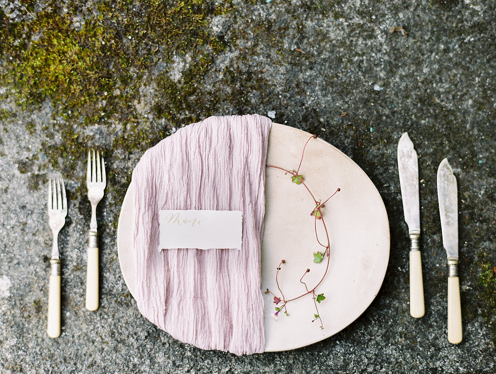 romantic organic wedding place settings - photo by As Ever Photography https://ruffledblog.com/the-secret-garden-inspired-wedding-in-ireland