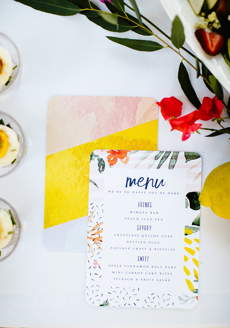 Throw a Tropical Bridal Shower with these Free Printable Invites - photo by Shutterfreek http://ruffledblog.com/throw-a-tropical-bridal-shower-with-these-free-printable-invites