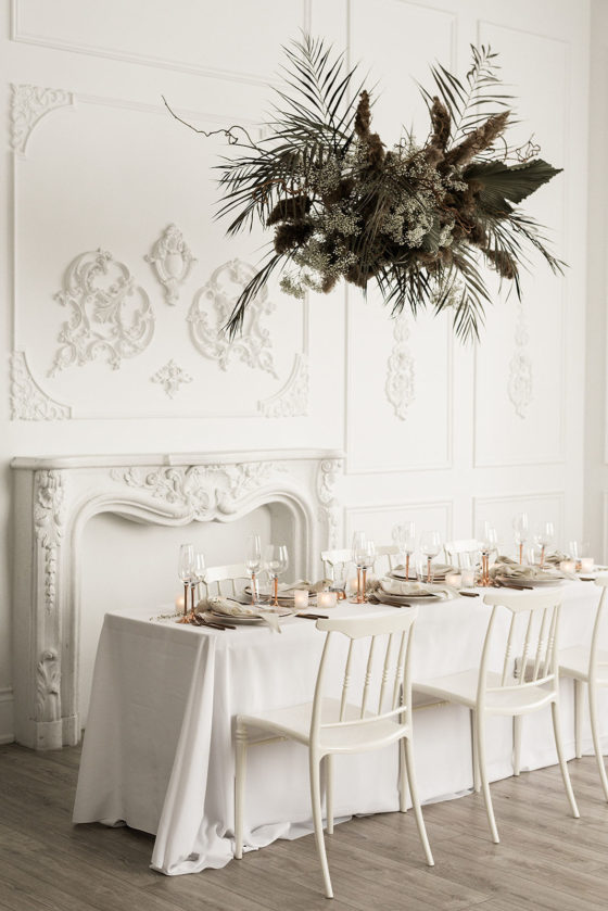 Modern Crisp White Wedding Editorial that's Warm and Inviting and ALL Gorgeous