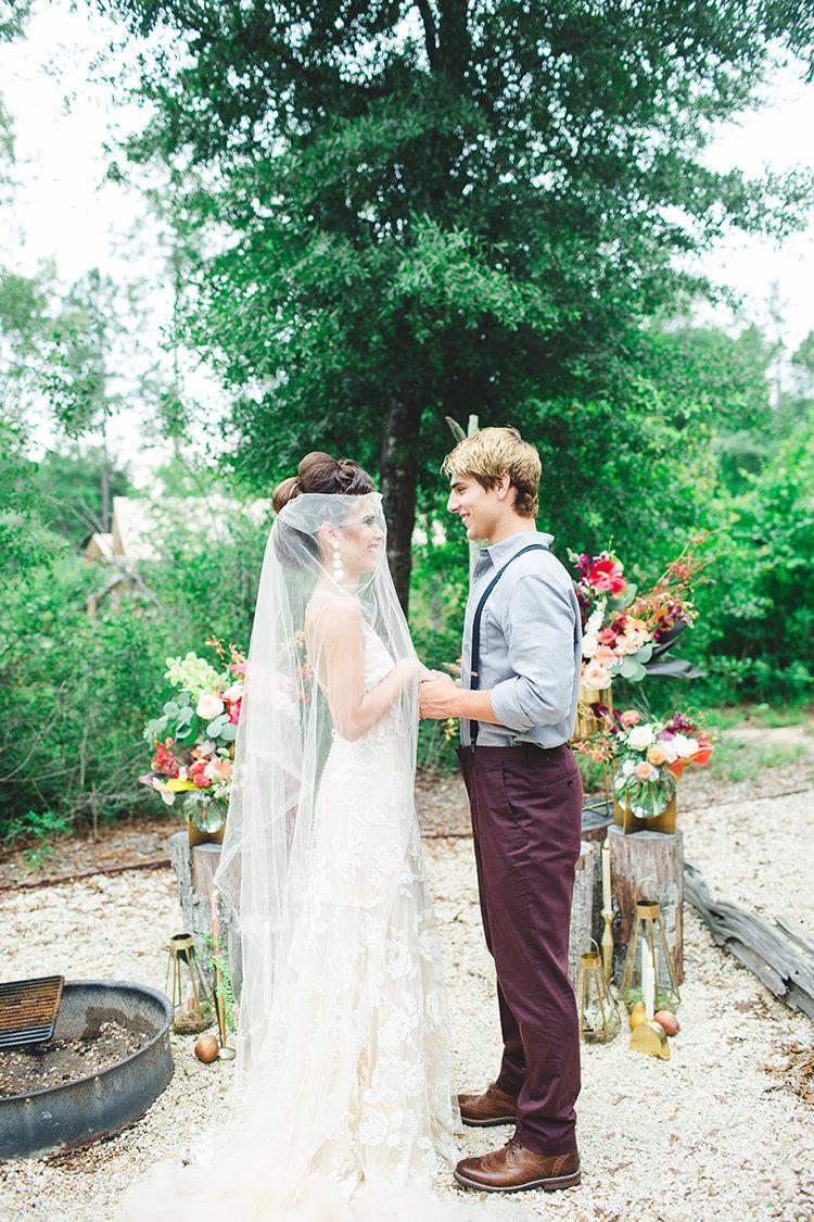 tropical boho wedding inspiration - https://ruffledblog.com/tropical-glamping-wedding-inspiration-with-moody-hues