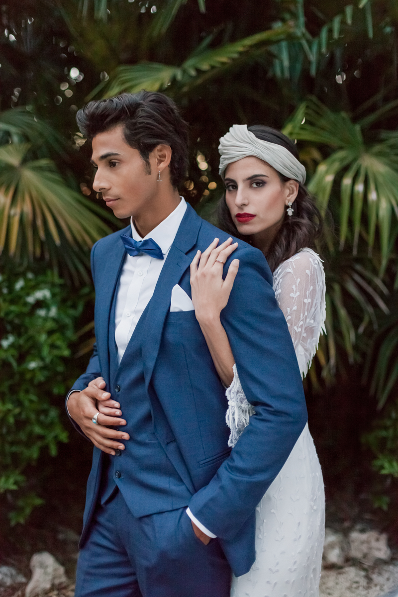 vintage inspired boho wedding fashion - photo by Sarah and Nora Photographers http://ruffledblog.com/tropical-spanish-wedding-inspiration-with-philodendrons