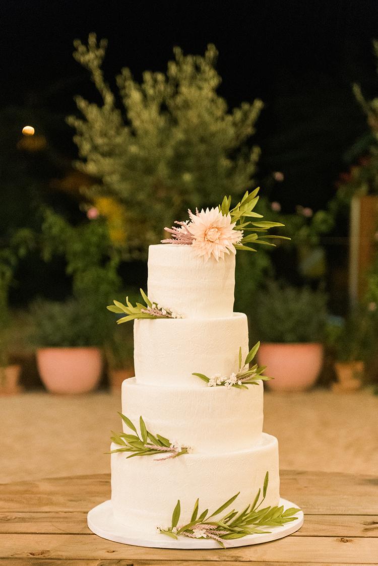 wedding cakes - photo by Adriana Morais https://ruffledblog.com/two-day-destination-wedding-celebration-in-portugal